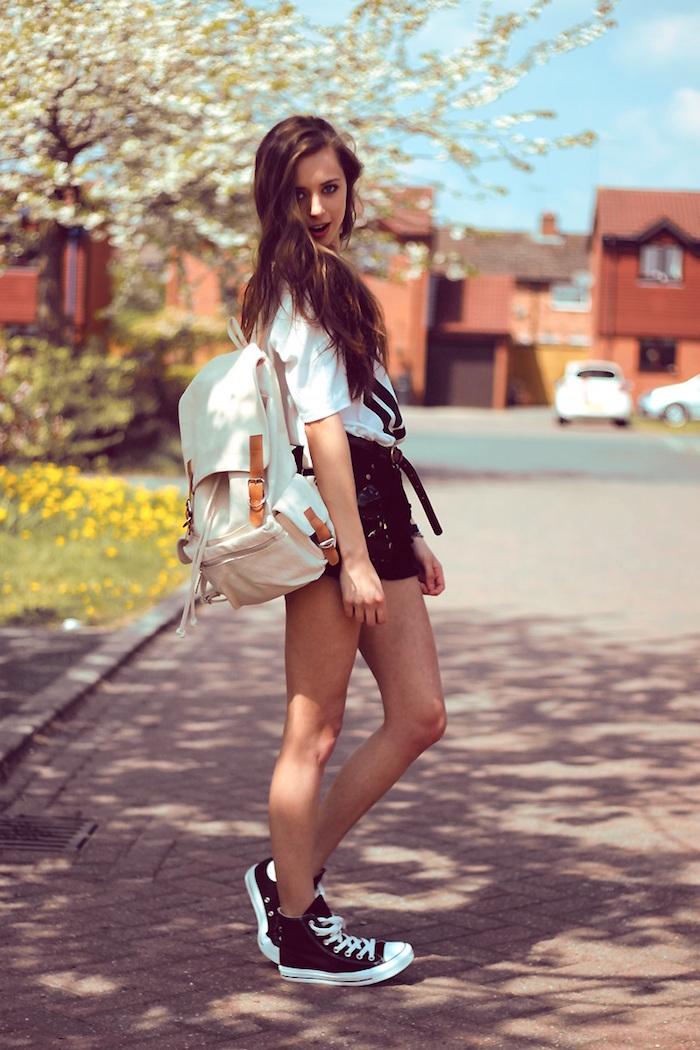 vetements été mode femme style hipster avec short et converse a88d1ae2e81