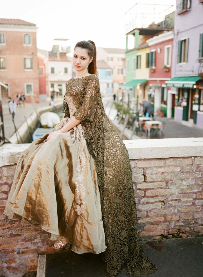 1001 images pour la robe dor e de vos merveilles et comment la porter magazine. Black Bedroom Furniture Sets. Home Design Ideas