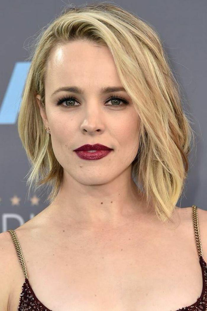 Id e coiffure coupe carr coupe courte femme en couleur blonde sans frange m che sur le fron - Idees coupes courtes femmes ...