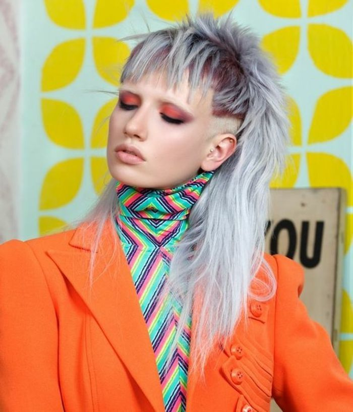 Id e tendance coupe coiffure femme 2017 2018 id e for Idee coupe couleur cheveux long