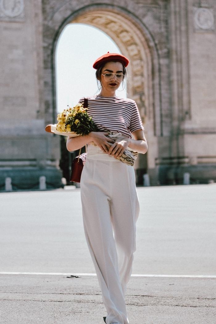modèle de pantalon palazzo à taille haute et de couleur blanche combiné avec  t-shirt 6a34989584a