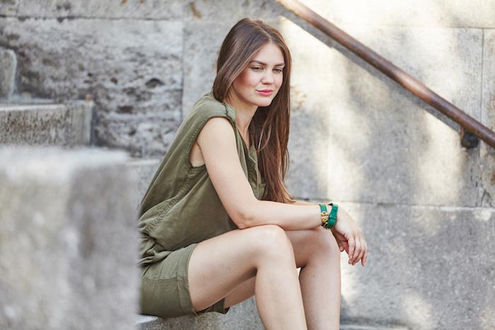 Combishort femme chic, combinaison femme vacances été, idée comment adopter le combis-hort habillée