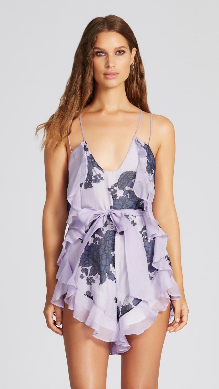 Joli combinaison femme violet, combinaison pantalon shorts femme, top debardeur, tenue d été chic légère