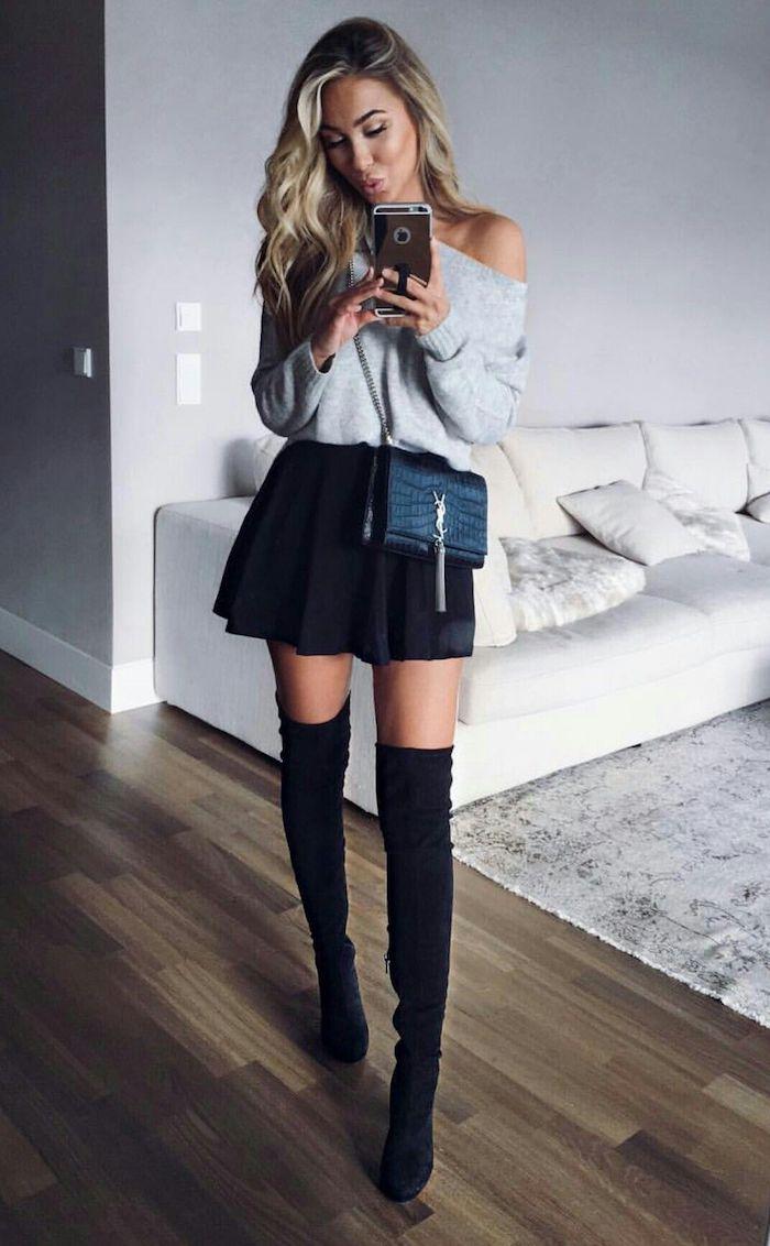 Cuissardes cuir ou cuissarde chaussette, tenue d'hiver chic, s'habiller chic en hiver 2018 avec botte très haute et mini jupe