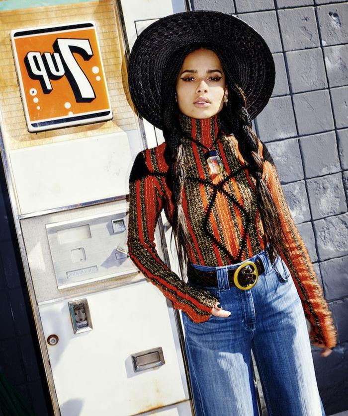 Pull oversize femme vetement hippie tenue boheme chic hiver look magnifique, femme célèbre tenue bohème