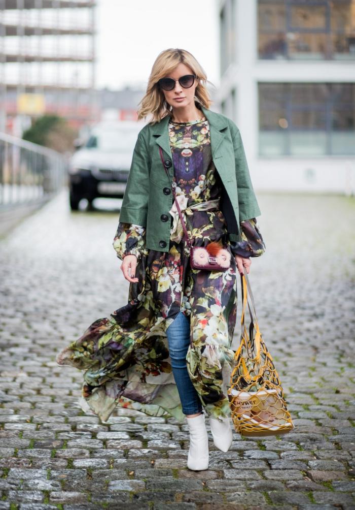 Comment porter une robe longue en hiver avec une veste courte, femme quels vetements porter avec une jupe