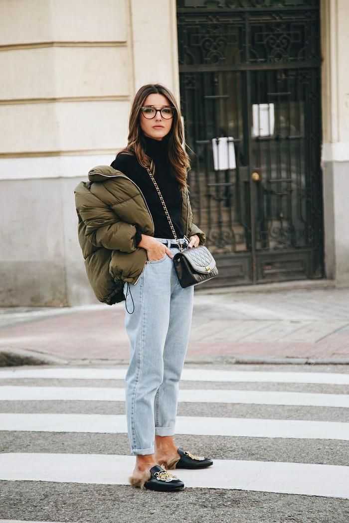 Style boheme chic, look bohème chic, style vestimentaire femme, jean et veste grosse pour femme