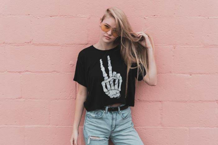 Swag tenue fille, t-shirt et jean, style casual, robe d'été 2019 idée tenue boheme chic