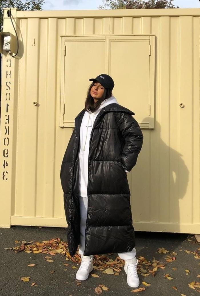 gros veste longue oversize noire sweat streetwear vêtements de rue femme habits sports blancs