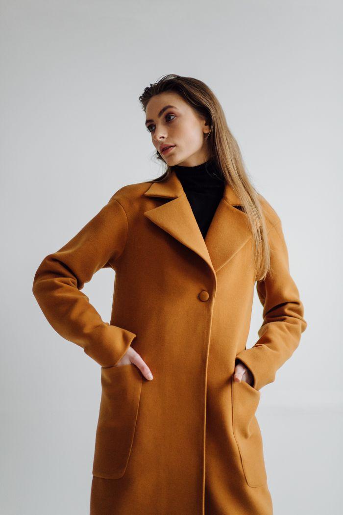 manteau femme couleur camel femme blond manteau coupe droite