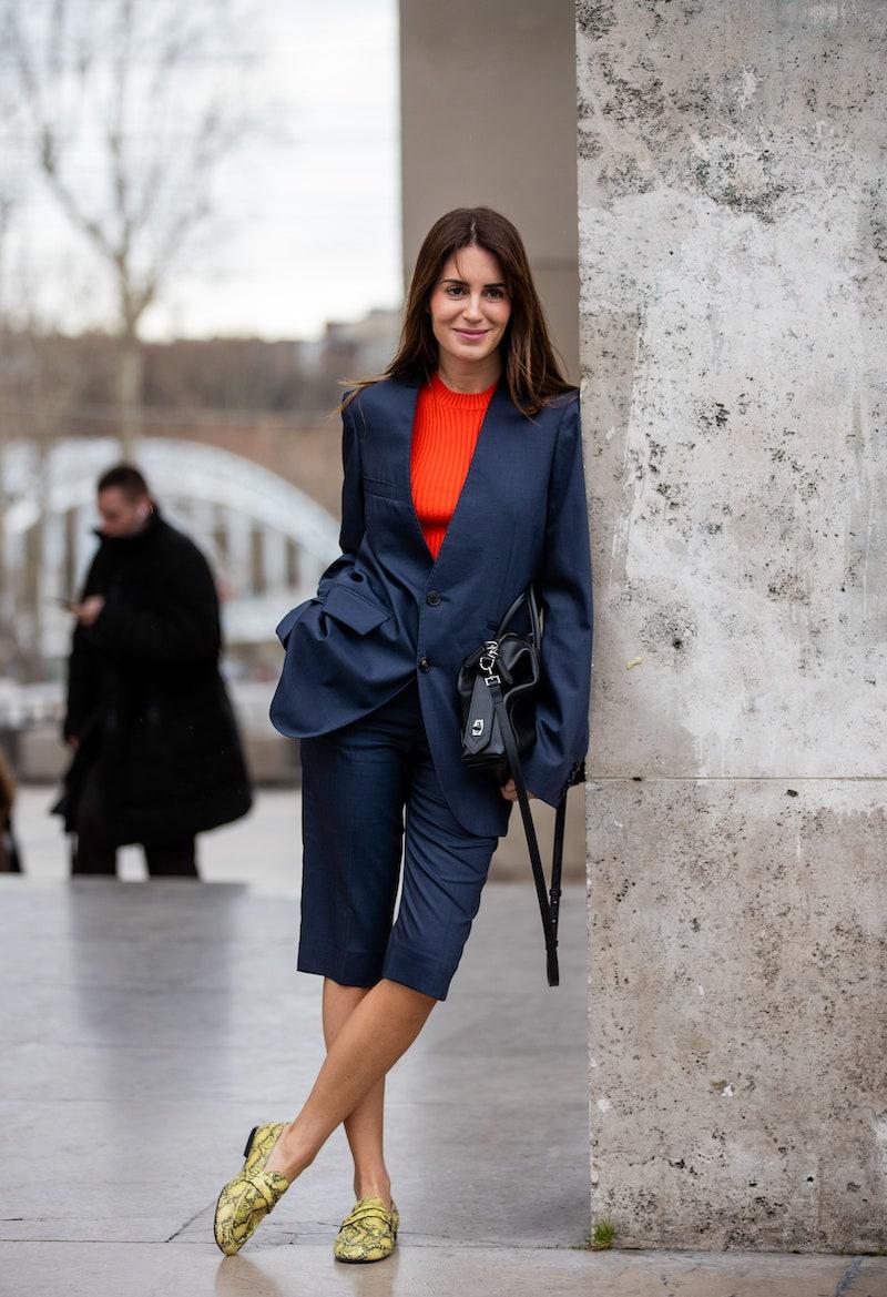 tailleur short femme en bleu foncé