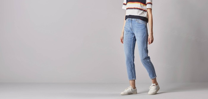 Jean et t-shirt à rayé, pantalon fluide femme bien habillée, pantalon avec bande, décontractée tenue lycéenne