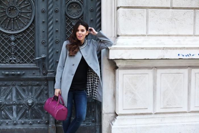 idée comment bien s'habiller femme, mode hiver 2019 femme tendance imprimés pied de poule, modèle manteau gris femme