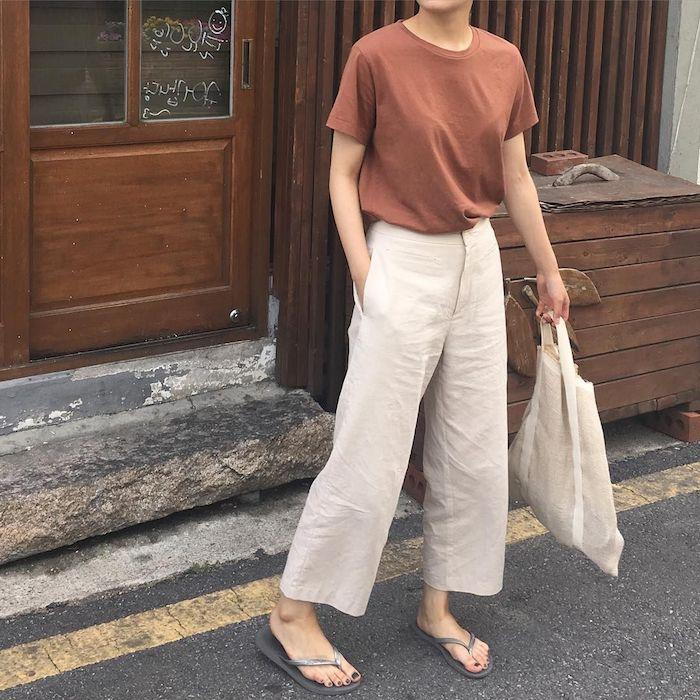 Lin pantalon chino femme, comment être une femme bien habillée, t-shirt et pantalon pour l'été-automne 2019
