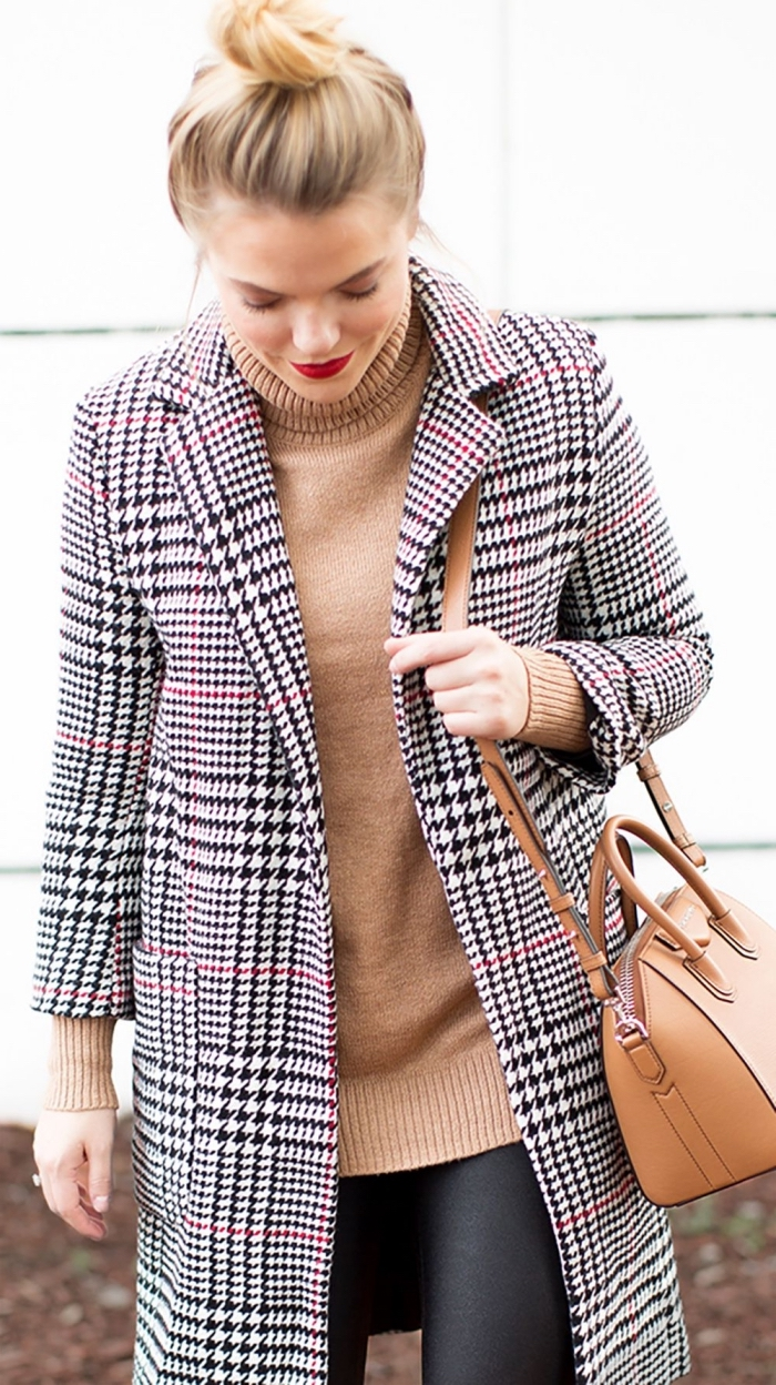 comment bien s'habiller femme, tendance automne hiver 2019 2020 mode femme, modèle manteau pied de poule
